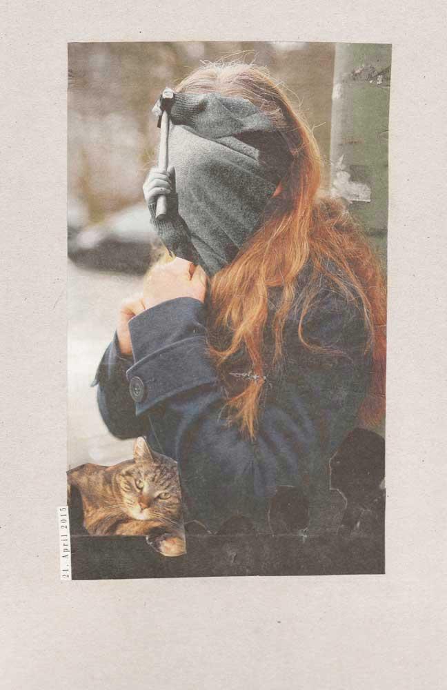 Collage Frau gesichtslos mit Hammer und ahnungsloser Katze