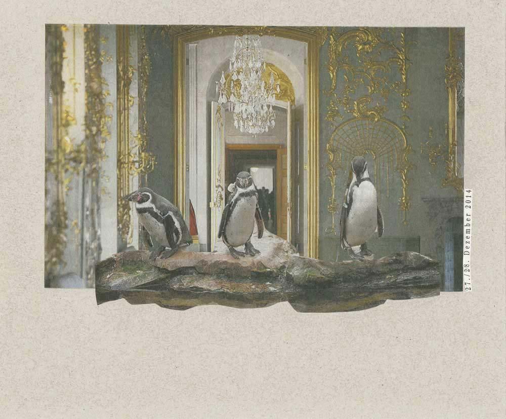 Collage 3 Pinguine watscheln durch Schlossräume