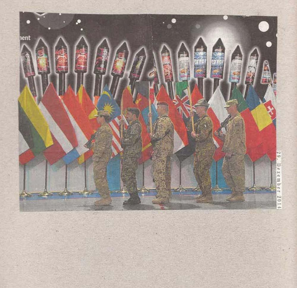 Collage 5 deutsche Soldaten stehen vor Länderflaggen und halten Sylvesterraketen