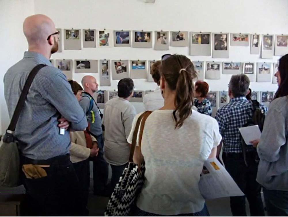 Offene Ateliers Präsentation Zeitungshacker viele Besucher